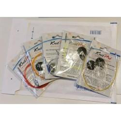 Pakketje met gekleurde kabels voor de rondbreinaald